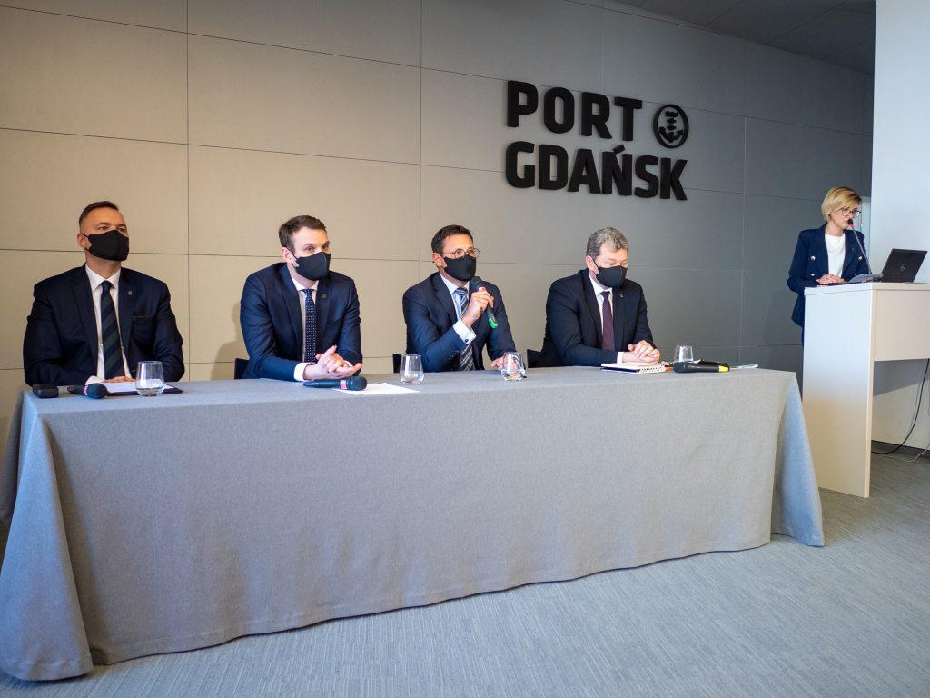 Konferencja prasowa Portu Gdańsk 2021